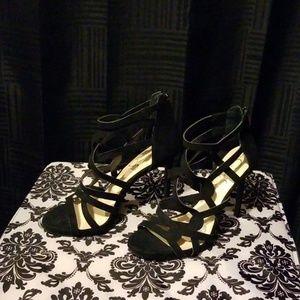 Jessica Simpson Rainah Black heels